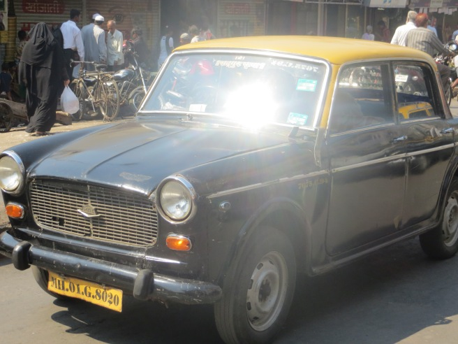 Non-AC taxis in Mumbai - cheaper and more fun than their AC brothers.